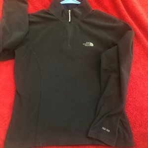 The NORTH FACE Low Pile Fleece Pullover